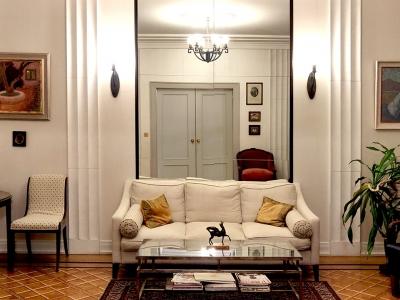 Salon w stylu Art Deco w prywatnej rezydencji. Polska.